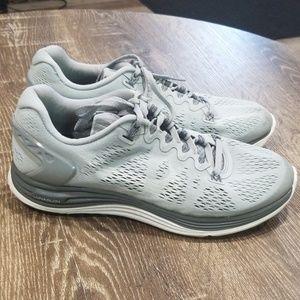 Nike lunarglide 5 grey white size 7.5